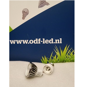 GU10 met verloopstuk E27 naar GU10. GU10 LED Spot in E27 lampfitting ODF LED