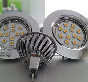 24 Volt MR16 led lichtbron dimmen